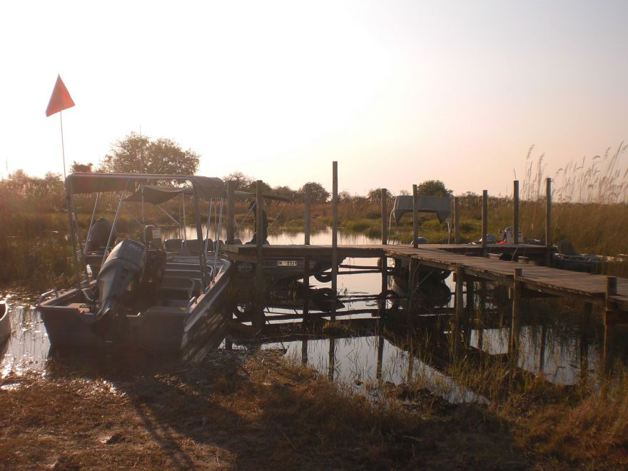Boot in de Okavango Delta