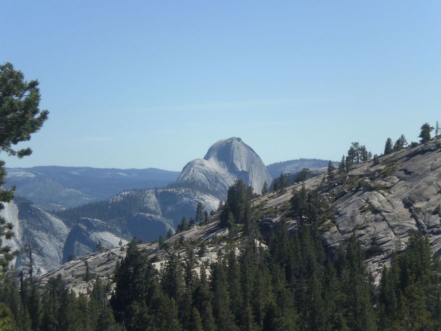 Uitzicht over Yosemite National Park vanaf Olmsted Point